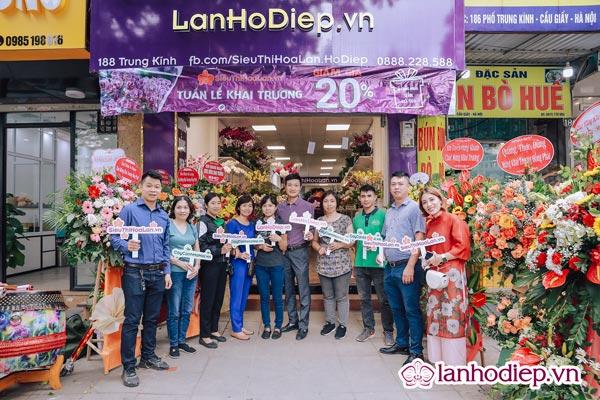 Siêu thị hoa lan cơ sở tại 188 Trung Kính, Cầu Giấy, Hà Nội